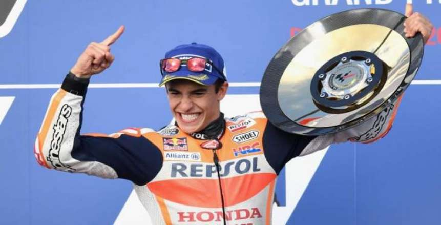 ماركيز ينهي الموسم بفوزه الـ12 في بطولة العالم للدراجات النارية