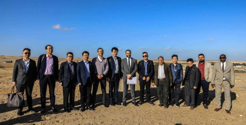 بالصور| كواليس زيارة الوفد الصيني لموقع فرع الأهلي بـ «الشيخ زايد»