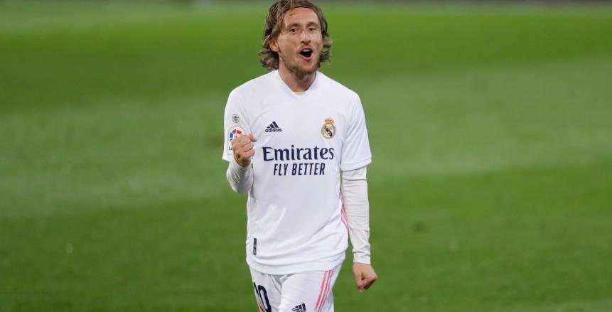ريال مدريد يسعى لعبور بلد الوليد واستمرار مطاردة أتليتكو في الليجا