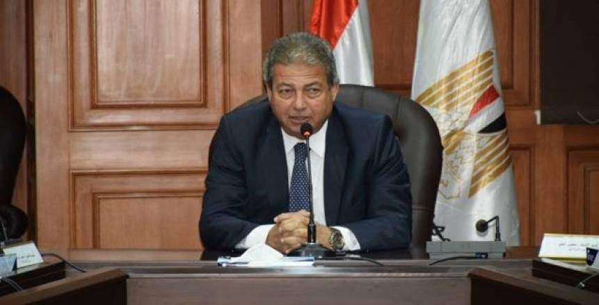 وزير الشباب والرياضة يحكى معاناة إقرار قانون الرياضة الجديد