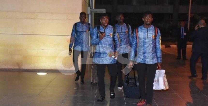 بعثة منتخب غينيا تصل مطار برج العرب استعدادا لأمم أفريقيا