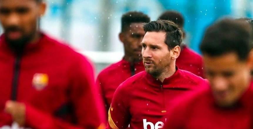 جماهير برشلونة تثأر لميسي من جريزمان بعد تصريحات خاله