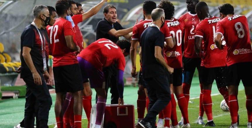 جلسات بين كبار لاعبي الأهلي لحسم الدوري الممتاز أمام المقاصة