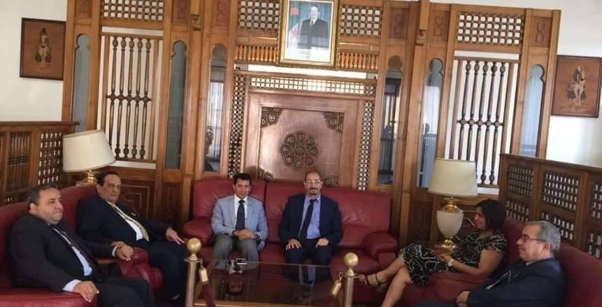 وزير الرياضة يصل الجزائر لحضور افتتاح دورة الألعاب الأفريقية للشباب