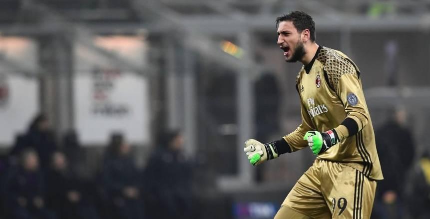 """مدرب إيطاليا يشيد بـ""""دوناروما"""" بعد واقعة """"دولاروما"""""""