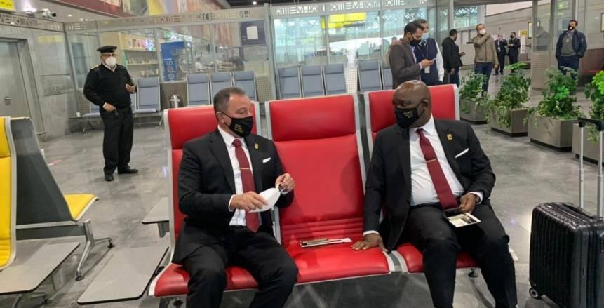 الخطيب وبعثة الأهلي قبل السفر الى الدوحة للمشاركة في المونديال