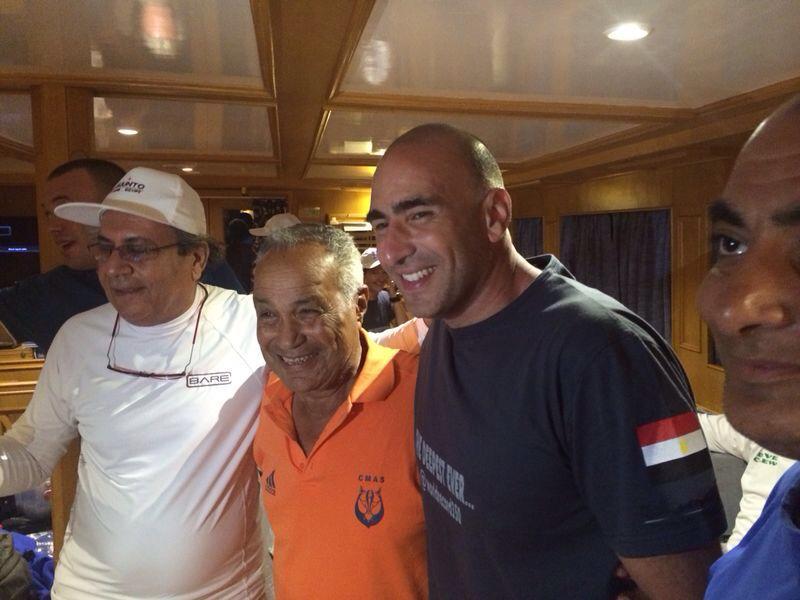 الغواص المصري أحمد جبر يدخل موسوعة