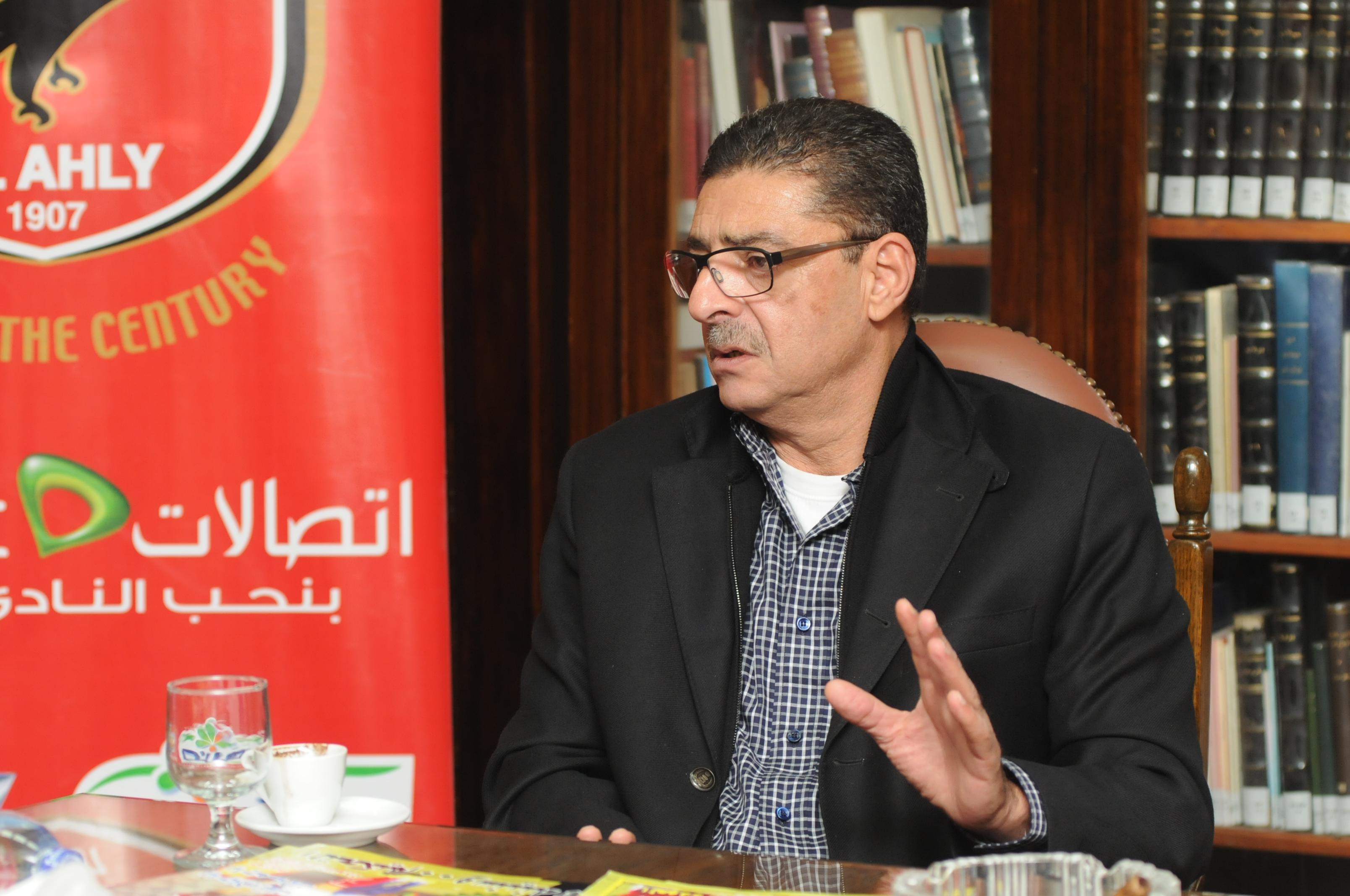 رئيس الأهلي حائر بين إقالة مبروك حاليا..أو اتخاذ القرار عقب السوبر
