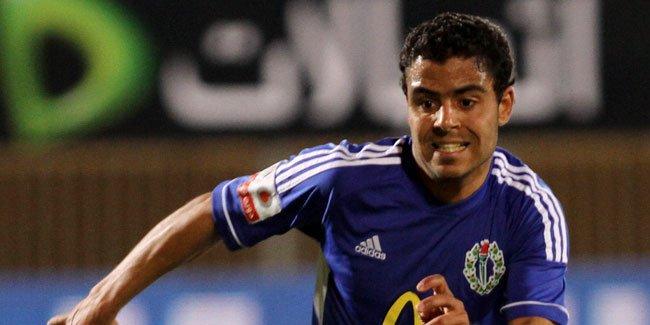 سموحة يقرر إحالة اللاعب ابراهيم عبد الخالق للتحقيقات بعد توقيعه للزمالك